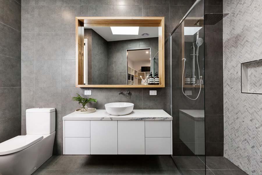 custom-vanity-bathroom