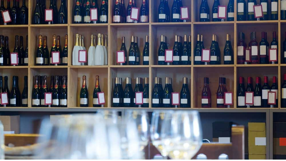 wine-display-2
