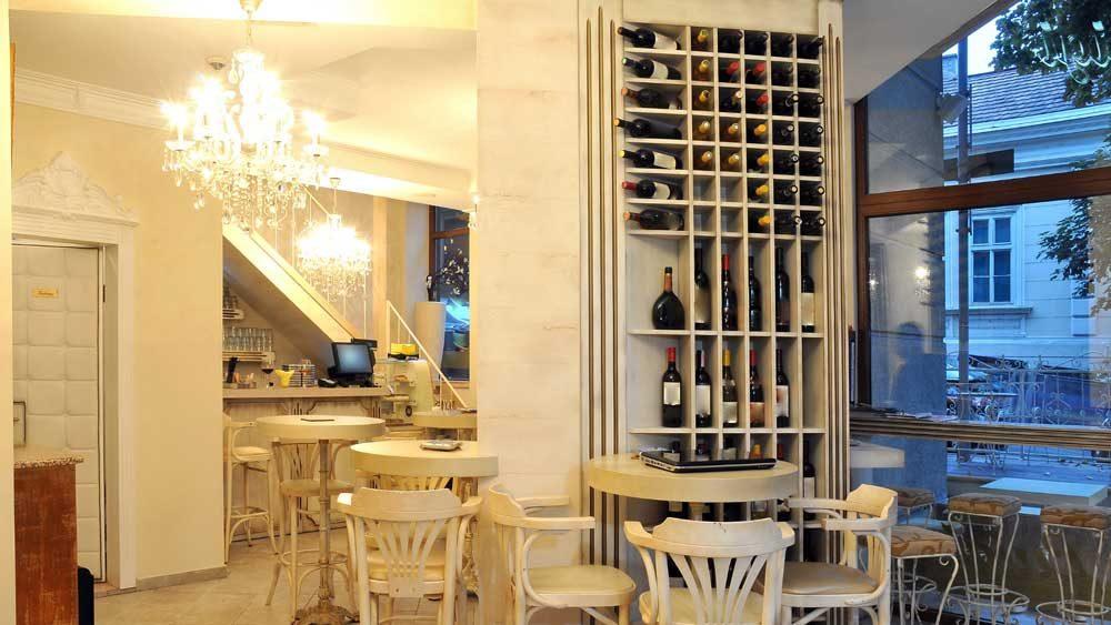 wine-display